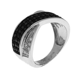 Bague 12 diamants blancs et 51 diamants noirs